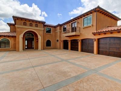 Villa for sales at 2662 Holly Drive  Upland, California 91784 Stati Uniti