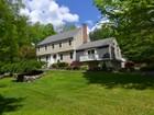 Casa para uma família for sales at Perfection!!! 8 Indian Rock Place Wilton, Connecticut 06897 Estados Unidos