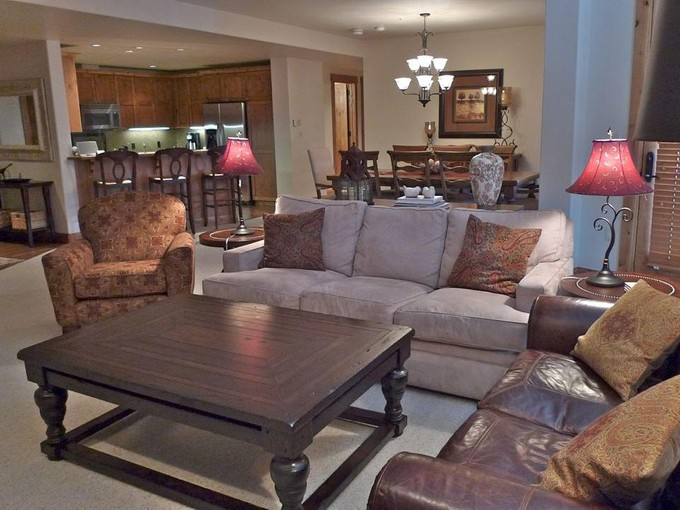 Condominium for sales at Sophisticated Ski In/Ski Out Condominium 14 Hunter Hill Road, A302   Mount Crested Butte, Colorado 81225 United States