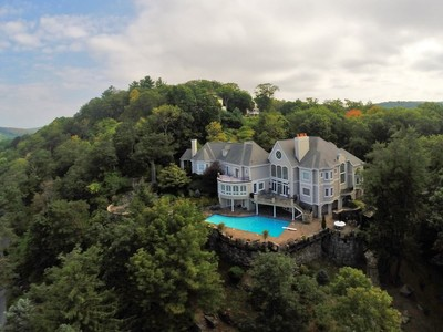 Single Family Home for  at Wind Song 156 W Tower Hill Rd Tuxedo Park, New York 10987 United States