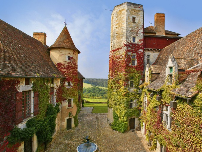 Single Family Home for sales at For sale domaine et chateau en Dordogne  Perigueux, Dordogne 24000 France