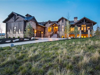 Maison unifamiliale for sales at Mountain Serenity in desired Palisades of Promontory 6886 Cody Trail Park City, Utah 84098 États-Unis
