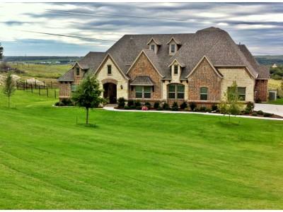 Moradia for sales at 12616 Bella Colina  Fort Worth, Texas 76126 Estados Unidos