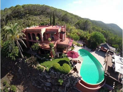 Moradia for sales at Rustic Villa With Country And Sea views San Carlos Santa Eulalia, Ibiza 07840 Espanha