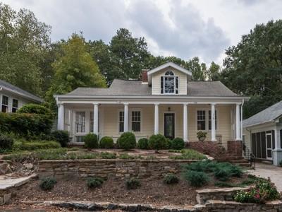 Casa Unifamiliar for sales at Charming 13 Roanoke Avenue  Atlanta, Georgia 30305 Estados Unidos