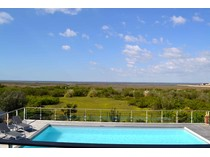 Vivienda unifamiliar for sales at 1st line architect villa    Other Aquitaine, Aquitania 33470 Francia