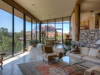 Einfamilienhaus for sales at Stunning Southwest Contemporary Home 25 Sagebrush Way  Sedona, Arizona 86336 Vereinigte Staaten
