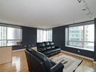 Nhà chung cư for sales at Very Sharp Condo in River East 512 N McClurg Unit 1404 Chicago, Illinois 60611 Hoa Kỳ
