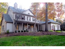 Einfamilienhaus for sales at Spectacular Residence with Walk-Out Lower Level 9489 Woodbridge Pl   Zionsville, Indiana 46077 Vereinigte Staaten
