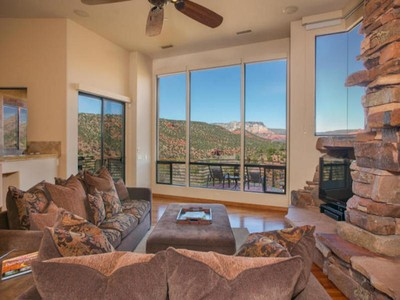 Moradia for sales at Find the Essence of Sedona 571 Elysian Drive Sedona, Arizona 86336 Estados Unidos