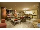 Condominio for  sales at Contemporary 11th Floor Luxury Condo in The Esplanade Place Condominiums 2402 E Esplanade Lane #1104   Phoenix, Arizona 85016 Estados Unidos