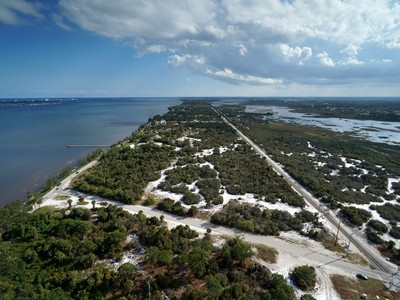 Terreno for sales at 5 Riverfront Homesites in Walton Hills 0 Indian River Dr S Port St. Lucie, Florida 34957 Estados Unidos