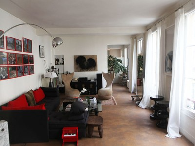 Apartamento for sales at Charming apartment - Republique  Paris, Paris 75011 Francia