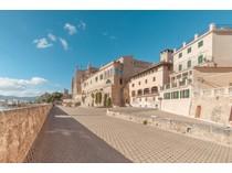 Apartamento for sales at Historic renovated frontline apartment in old town    Palma, Mallorca 07001 España