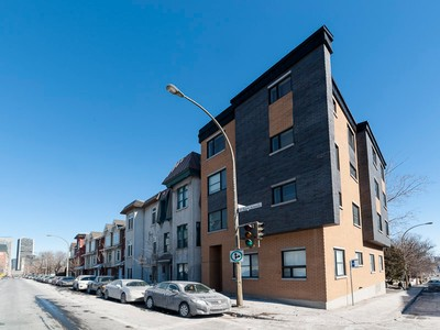 Single Family Home for sales at Downtown 1556 Rue St-Antoine O. Montreal, Quebec H3C1C4 Canada