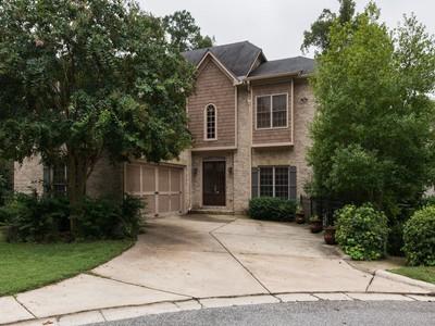 단독 가정 주택 for sales at Ten Years Old On Cul-De-Sac 585 Cliftwood Court Sandy Springs, 조지아 30328 미국