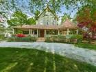 Villa for sales at Gracious & Exquisitely Maintained Victorian 278 Noroton Avenue Darien, Connecticut 06820 Stati Uniti