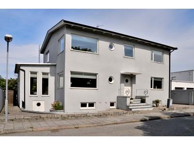 Casa para uma família for sales at Big, wonderful functional style house in Limhamn Götgatan 48 Other Skane, Skane 21611 Suécia