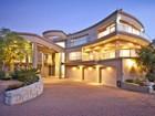 Casa Unifamiliar for  sales at Spectacular Architectural Splendour  Somerset West, Provincia Occidental Del Cabo 7130 Sudáfrica