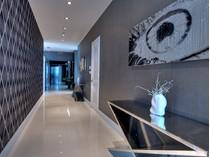 Eigentumswohnung for sales at The Caribbean 3737 Collins Ave PH-2   Miami Beach, Florida 33140 Vereinigte Staaten