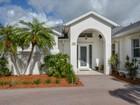 Casa para uma família for sales at Riverfront Home in Merritt Island 1205 Faulkingham Road Merritt Island, Florida 32952 Estados Unidos