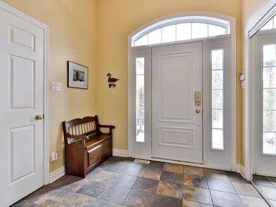 Vivienda unifamiliar for sales at Boucherville 635 Boul. de Mortagne Boucherville, Quebec J4B0K2 Canadá