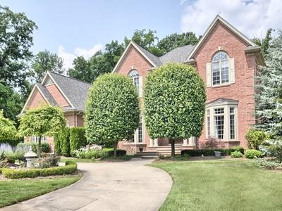 Maison unifamiliale for sales at Oakland Township 5580 Kirkridge Trail Oakland Township, Michigan 48306 États-Unis