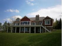Maison unifamiliale for sales at 669 Harbor View Lane    Petoskey, Michigan 49770 États-Unis