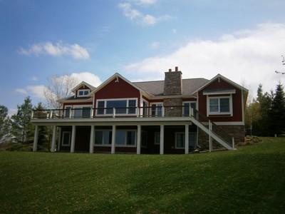 Casa para uma família for sales at 669 Harbor View Lane  Petoskey, Michigan 49770 Estados Unidos