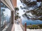 Moradia for sales at Waterfront villa with pool at Isola d'Elba  Campo Nellelba, Livorno 57034 Itália