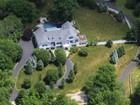 Maison unifamiliale for  sales at Timeless Elegance 134 Nod Road Ridgefield, Connecticut 06877 États-Unis