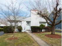 단독 가정 주택 for sales at Loads Of Potential In The Best Location 33 Harris Road   Princeton, 뉴저지 08540 미국
