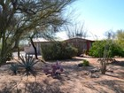Частный односемейный дом for sales at Fully Remodeled And Meticulously Maintained Home 8021 N Placita Feliz Tucson, Аризона 85704 Соединенные Штаты