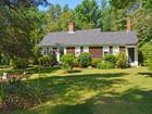Vivienda unifamiliar for  sales at The Ebenezer Keene House Circa 1795 245 Keene Road  Acushnet, Massachusetts 02743 Estados Unidos