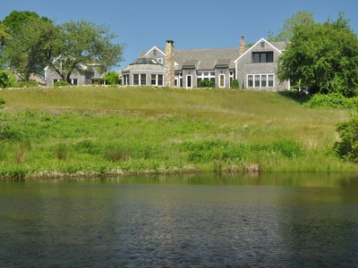 Casa para uma família for sales at Country Estate on Martha's Vineyard 140 Merry Farm Road West Tisbury, Massachusetts 02575 Estados Unidos