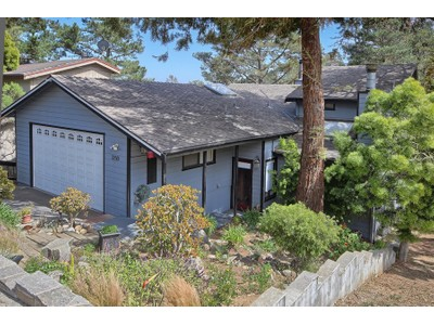 Maison unifamiliale for sales at Top of the World 3250 Pickwick Lane  Cambria, Californie 93428 États-Unis