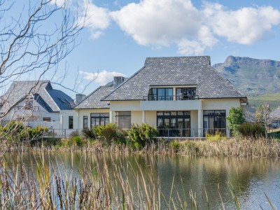Villa for sales at Exclusive Pearl Valley Golf & Country Estate  Paarl, Capo Occidentale 7646 Sudafrica