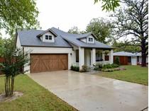 Maison unifamiliale for sales at 6554 Darwood Avenue    Fort Worth, Texas 76116 États-Unis