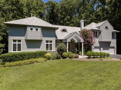 Einfamilienhaus for sales at 1888 Virginia Avenue, Mclean  McLean, Virginia 22101 Vereinigte Staaten