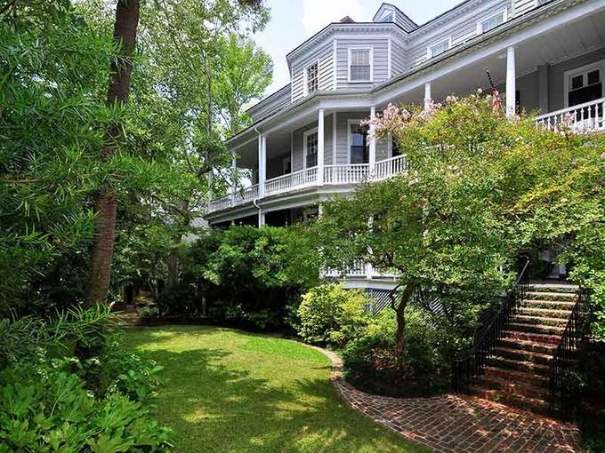 独户住宅 for sales at Harth-Macbeth House 9 Legare Street Charleston, 南卡罗来纳州 29401 美国