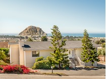 Maison unifamiliale for sales at PANORAMIC OCEAN & ROCK VIEWS 2599 Koa Avenue   Morro Bay, Californie 93442 États-Unis