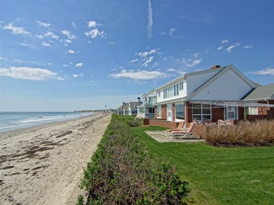Einfamilienhaus for sales at Panoramic Ocean Views at Jenness Beach 2234 Ocean Boulevard Rye, New Hampshire 03870 Vereinigte Staaten