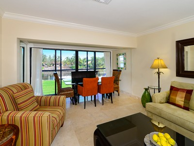Copropriété for sales at Waterfront Condominium at Ocean Reef 29 Anchor Drive Unit B  Key Largo, Florida 33037 États-Unis