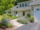 Villa for sales at 1 Jennifer Lane  York, Maine 03909 Stati Uniti