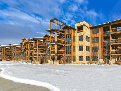 Nhà chung cư for sales at Deer Valley Luxury Furnished Condo with Ski Views 2800 Deer Valley Dr #6137 Park City, Utah 84060 Hoa Kỳ