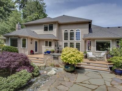 Nhà ở một gia đình for sales at 15th Hole At Wing Point 1045 High School Road NE  Bainbridge Island, Washington 98110 Hoa Kỳ