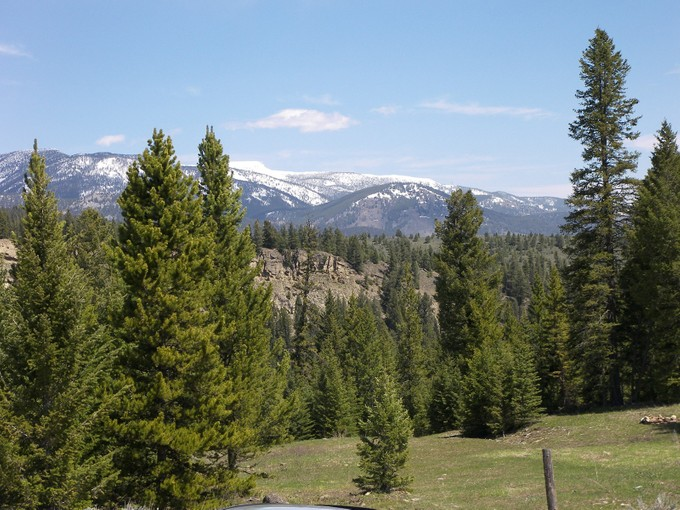 Terreno for sales at Private Towering Pines Acreage Towering Pines, Lot 11 Big Sky, Montana 59716 Stati Uniti
