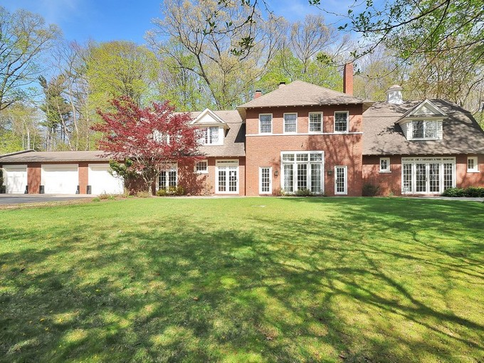 Eigentumswohnung for sales at Lovingly Restored Carriage House 15 Wheatsheaf Farm Road   Morris Township, New Jersey 07960 Vereinigte Staaten