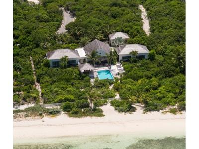 Частный односемейный дом for sales at Castaway Villa Providenciales, Провиденсьялес Теркс И Кайкос