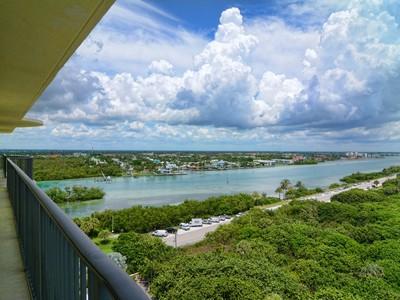 Kat Mülkiyeti for sales at 400 Beach Rd #1101 400 Beach Rd Unit # 1101 Jupiter, Florida 33469 Amerika Birleşik Devletleri